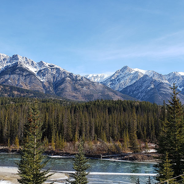 One-way car rental from Calgary to Vancouver: The Canadian Rockies! (Part 1)